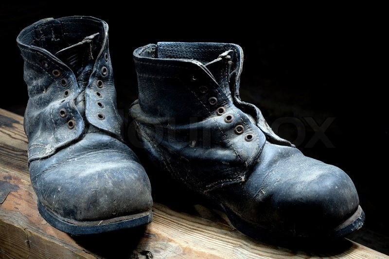 2c2610863558 Old boots