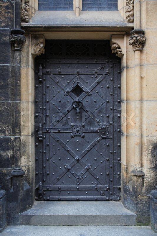 O Culto (GURPS Banestorm) - Vagas à Combinar - Página 9 4595139-old-metal-door