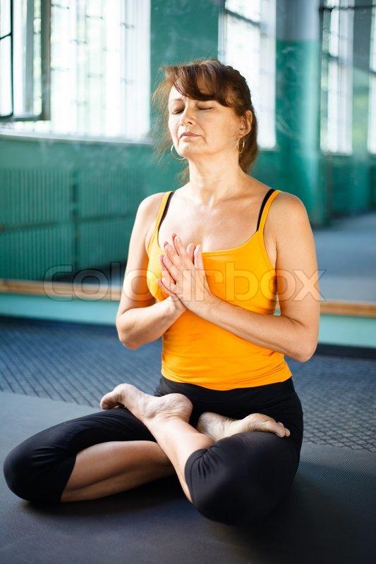 Mature yoga pics 36
