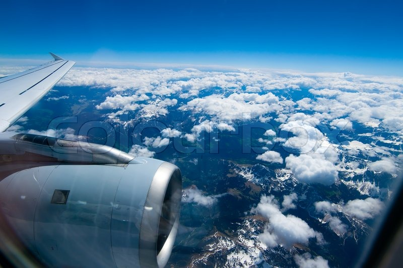 Blick Aus Dem Flugzeug Fenster Auf Die Stockfoto Colourbox