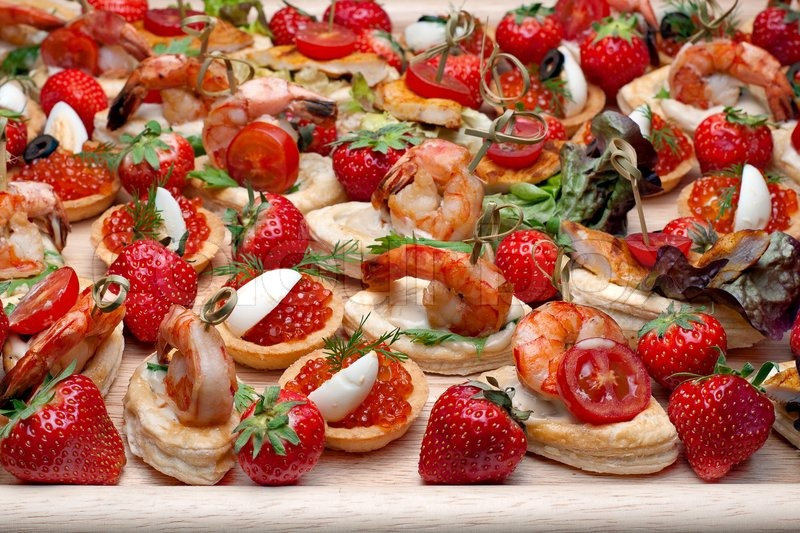 Lot of canape withshrimp caviar strawberries and other for Wooden canape trays