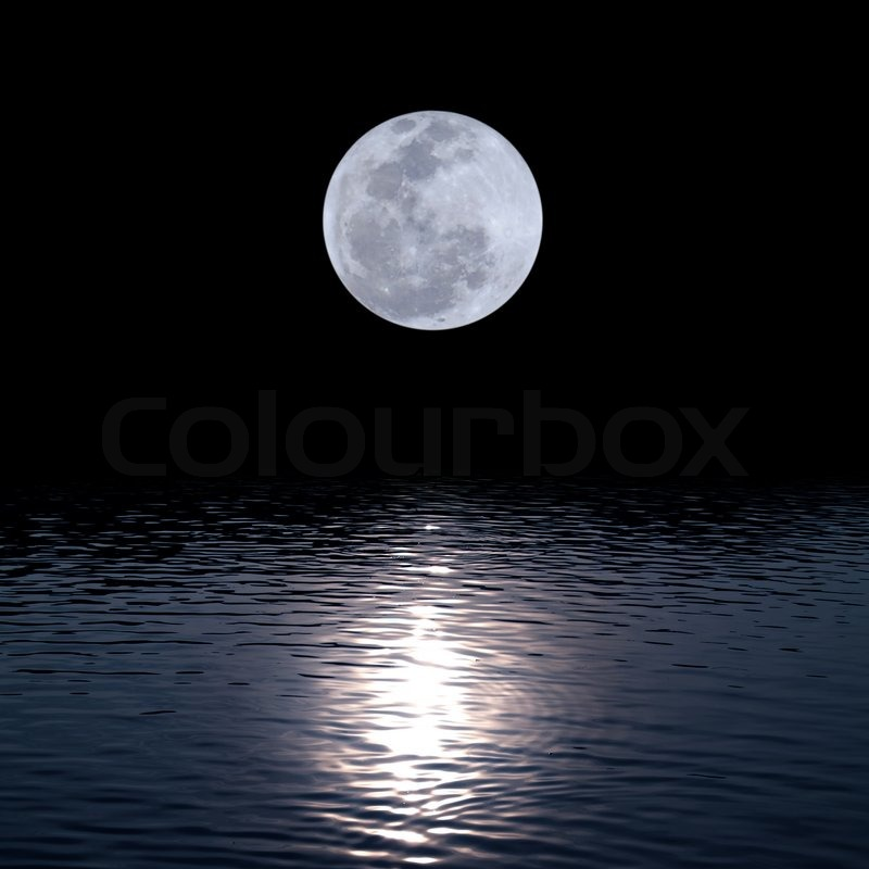 Full moon over water stock photo colourbox for Que fase lunar hay hoy