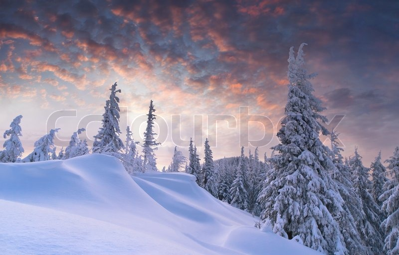 sch ne winter sonnenuntergang in den bergen stockfoto colourbox. Black Bedroom Furniture Sets. Home Design Ideas