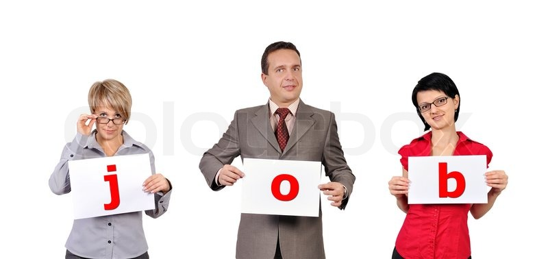 Фото людей с буквами на бумаге