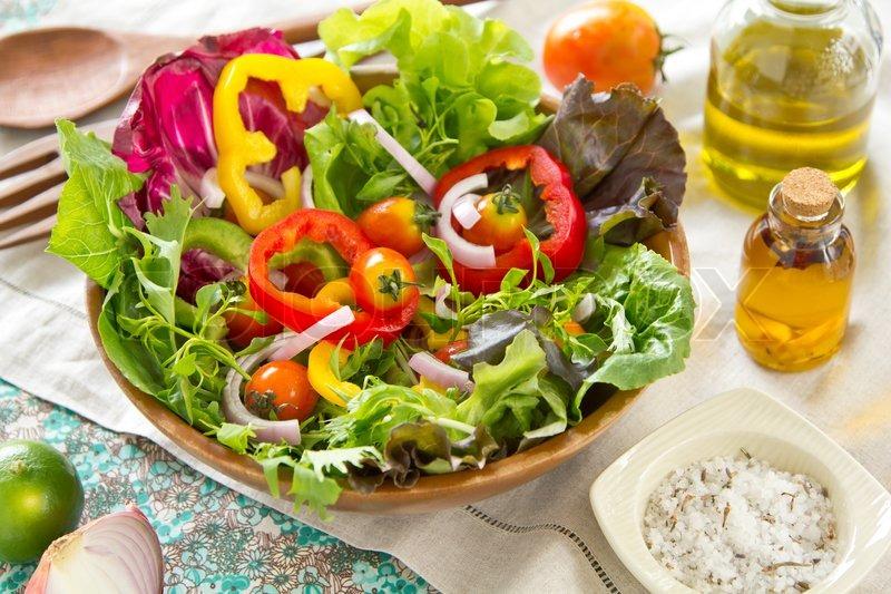 Салат из свежих овощей фото рецепт