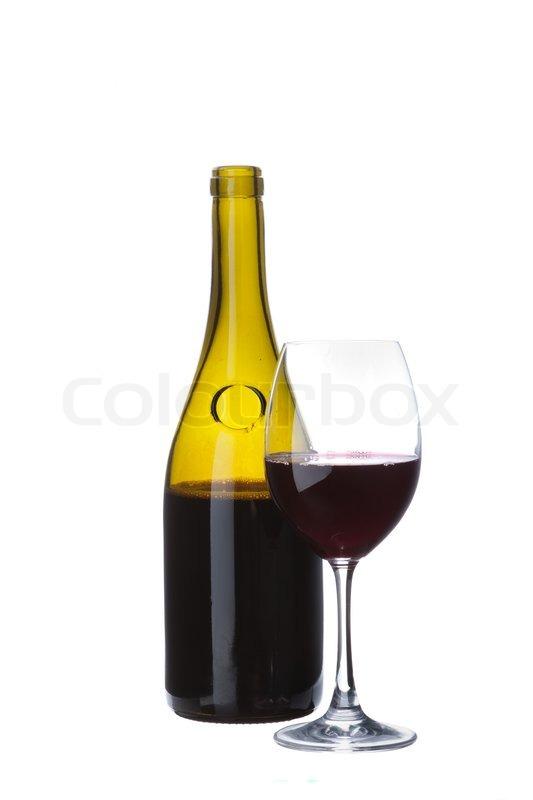 elegante browntransparent weinflasche ohne etikett mit eleganten glas wein auf wei em. Black Bedroom Furniture Sets. Home Design Ideas