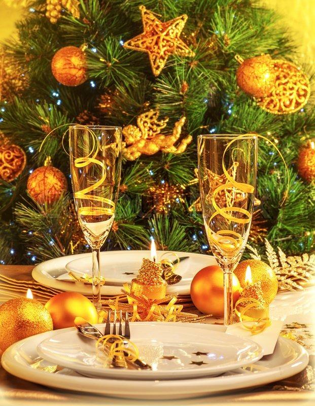 Restaurant Weihnachtsessen.Weihnachtsessen Im Restaurant Stock Bild Colourbox