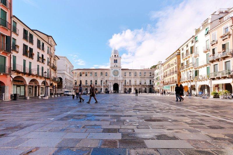 Il corso LinkedIn per il business finalmente nel nord est: il 14 maggio a Padova