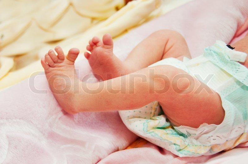Newborn Baby Leg Pic
