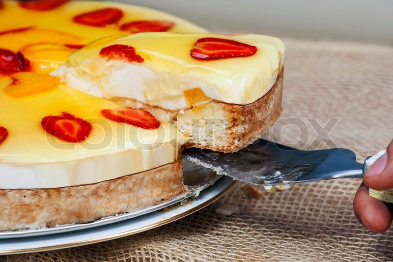 Gelee kuchen mit erdbeeren stockfoto colourbox for Kuchenstudio essen