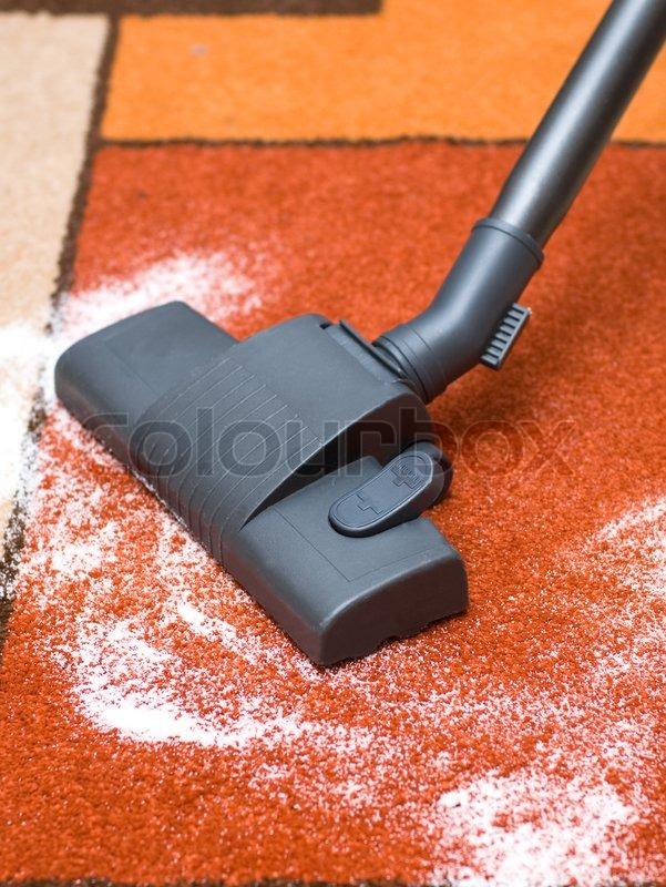 Как почистить палас от пятен в домашних условиях без пылесоса