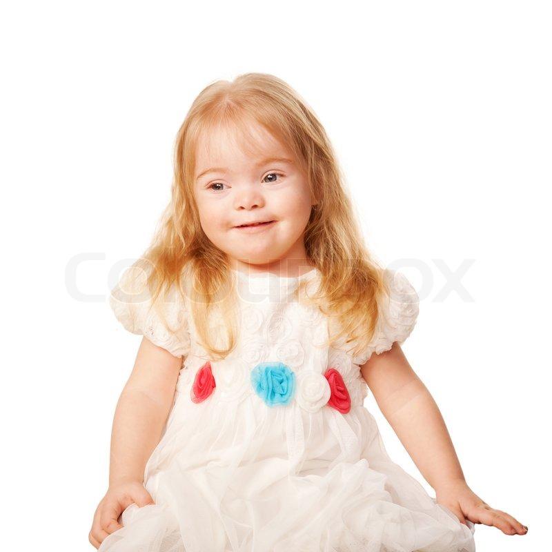 e0bbe1cd7ca6 Smukke lille pige i en smuk hvid kjole