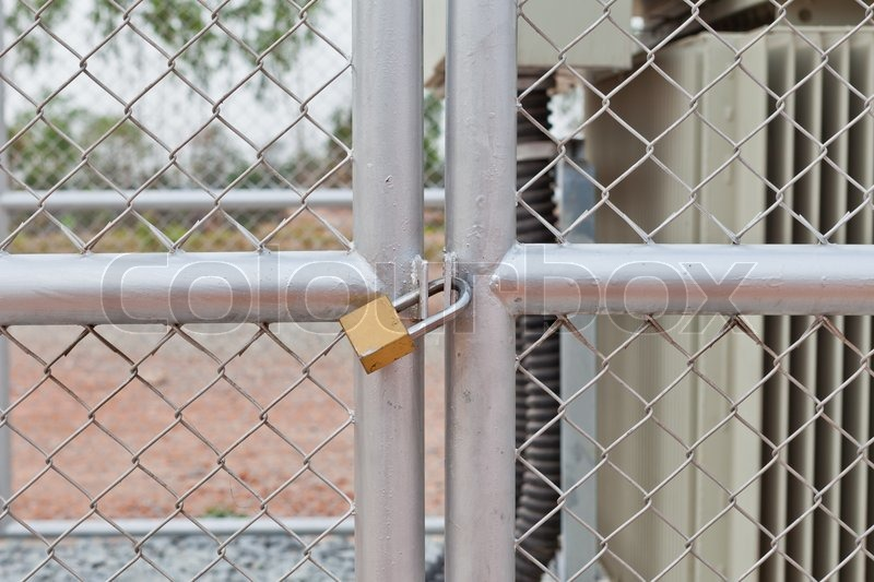 chain link fence gate lock. Chain Link Fence Gate Lock P