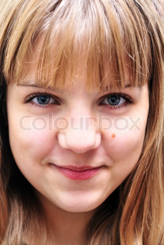 Stock image of 'Portrait of teen girl'