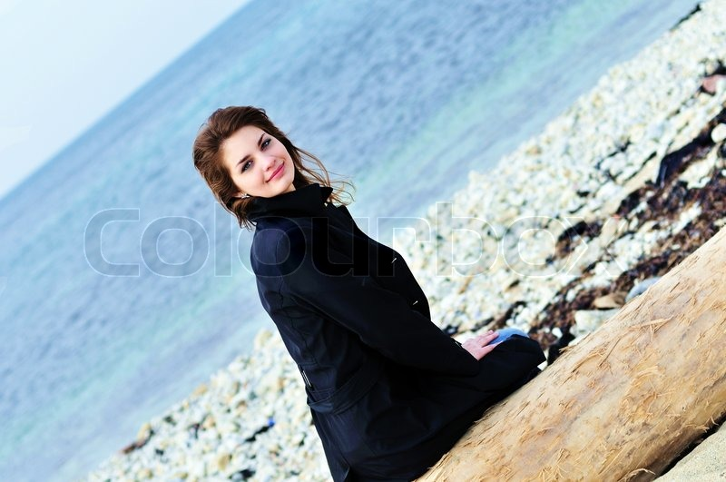 Stock image of 'Girl on the beach'
