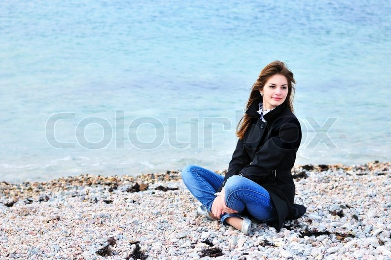 Stock image of 'Sweet girl on the beach'