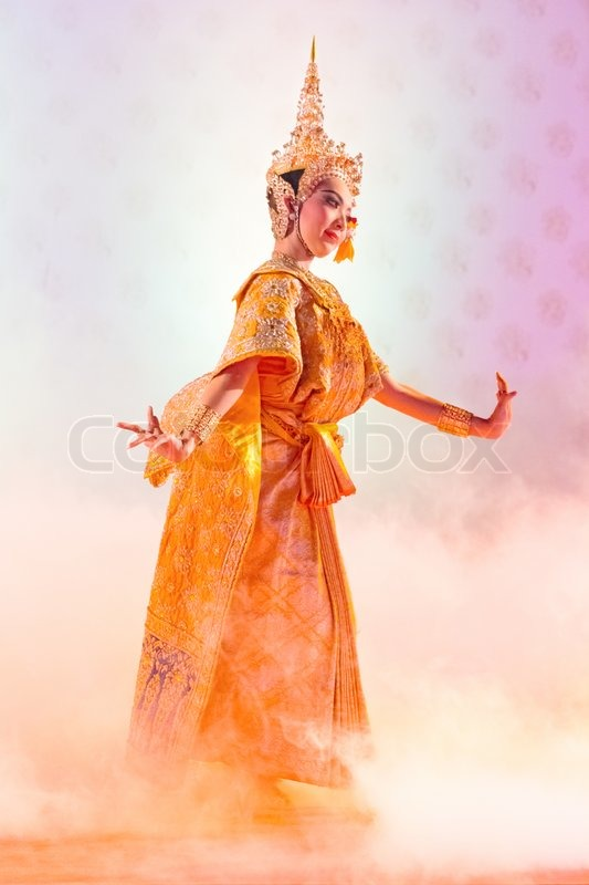 Editorial image of 'BANGKOK, THAILAND - JANUARY 15:actors performs Thai ancient dancing Art ,Khon Thai Classical masked ballet, January 15, 2012 at Wat bowonivet annual festival ,bangkok thailand'