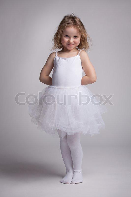 Krøllede Lille Kjole En I Foto Pige Stock Ballet Colourbox qCdC4R