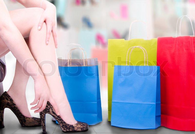 Colourbox Sexy Mit FrauWeißBeine HandStock Der Bild rQthsdCx