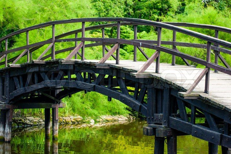 Japanische Garten-Brücke | Stockfoto | Colourbox