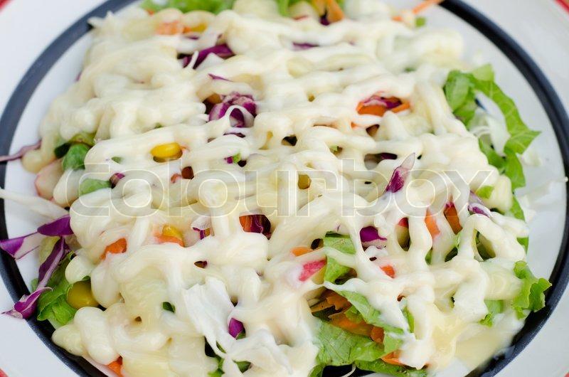 Frisches Gemüse Salat Mit Mayonnaise Stockfoto Colourbox