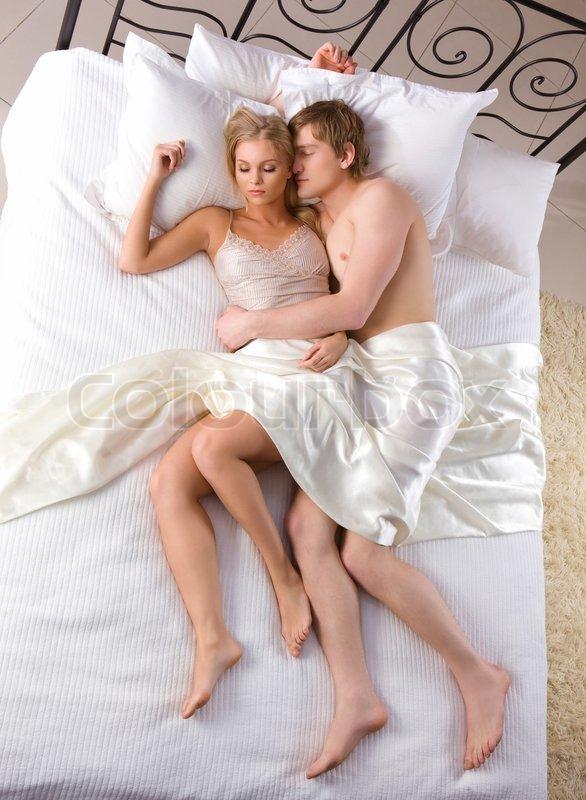 фото жен и мужей в постели