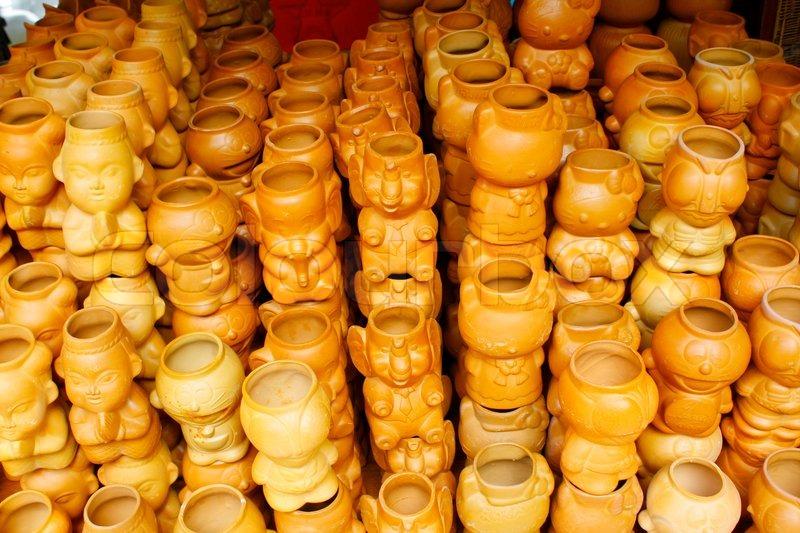 Leere blumentopf keramik thailand stockfoto colourbox for Blumentopf keramik