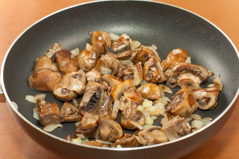 Как жарить грибы рецепты с фото