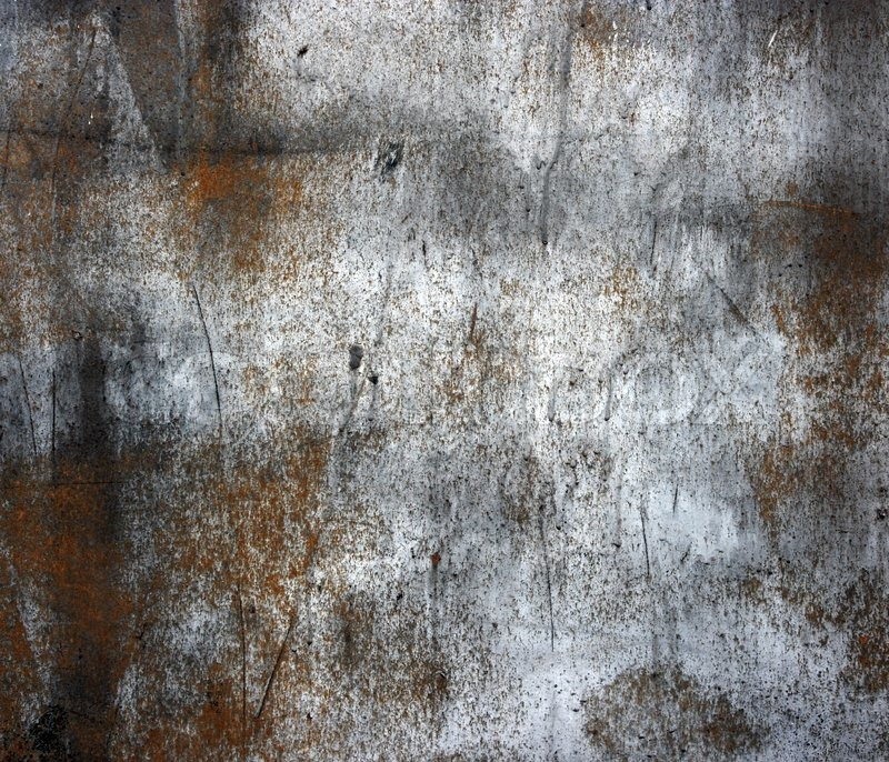 En rusten gammel metalplade med krakket sort højglans maling Old ...