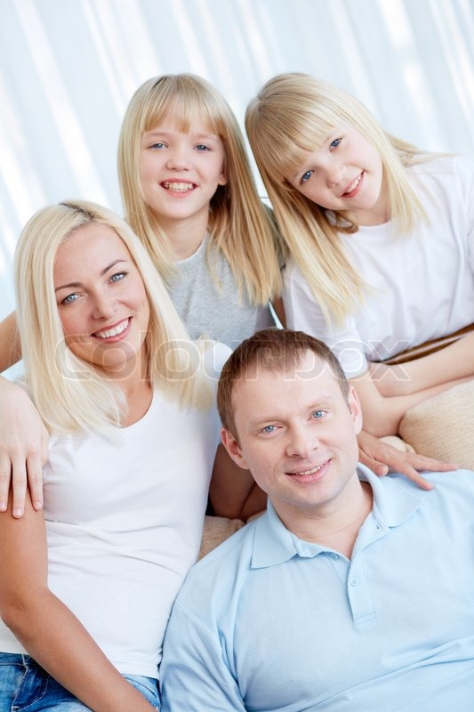 Moderne Familie Stock Foto Colourbox