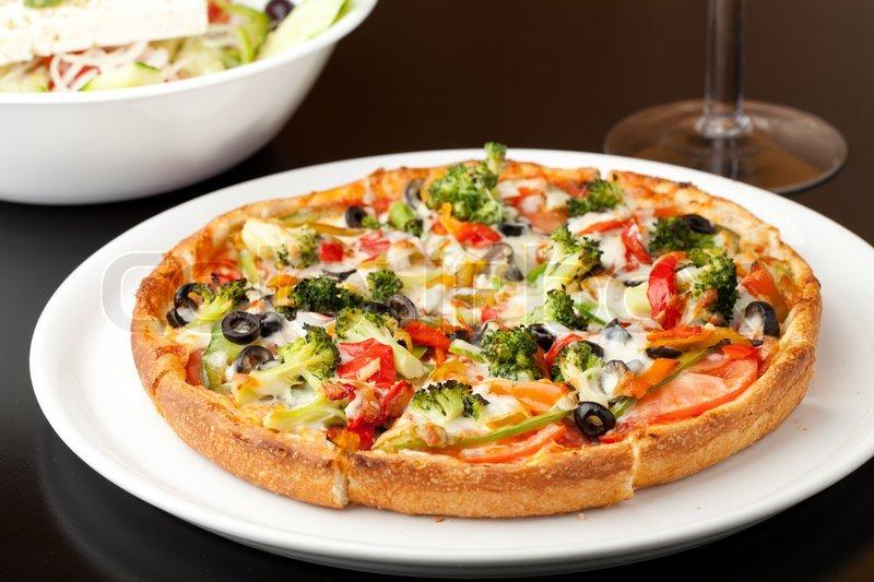 Пицца с брокколи рецепт с фото