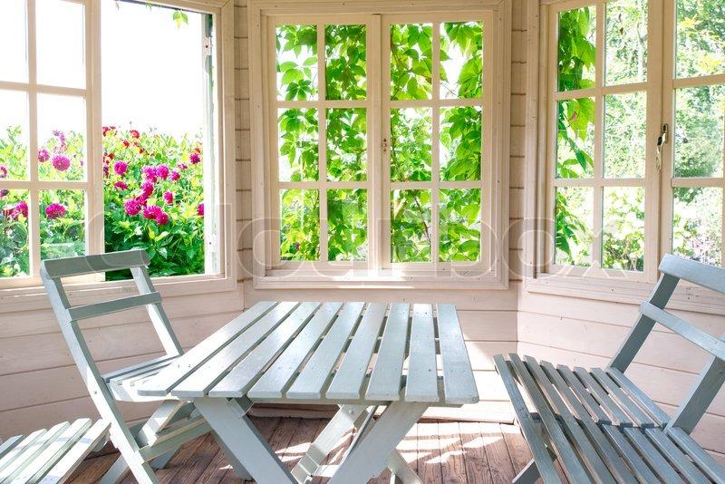 Как сделать окно на веранду