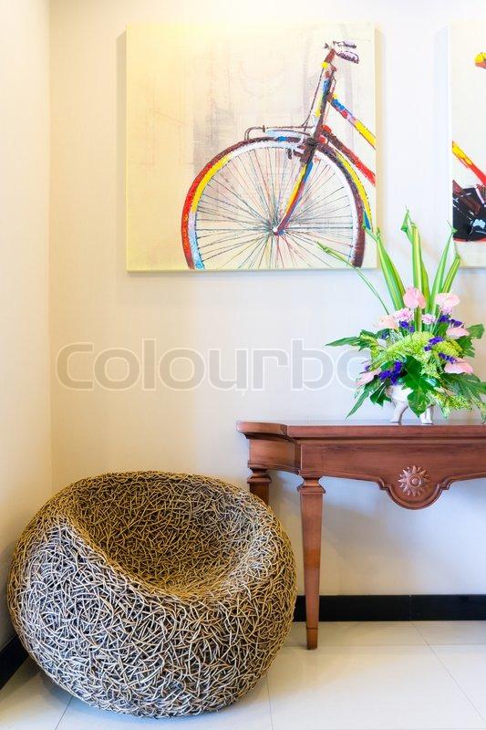 Wintergarten in Luxus zu Hause mit Korbmöbel | Stockfoto | Colourbox