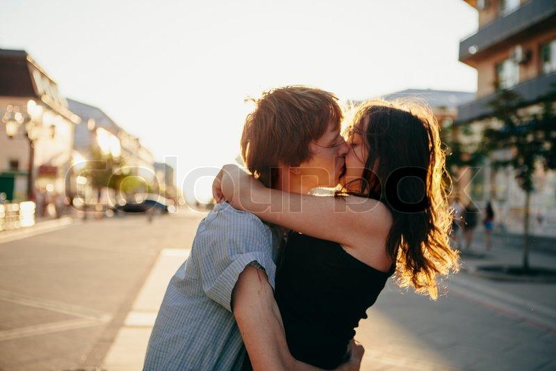 2 frauen küssen sich rapperswil