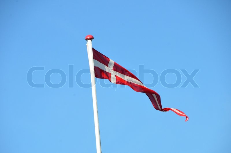 Seneste Vimpel med dansk flag og flagstang vejre | Stock foto | Colourbox NZ51