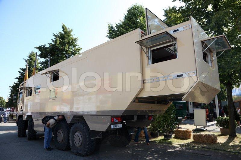 DUSSELDORF - SEPTEMBER 4: Huge Unicat offroad RV at the Caravan ...