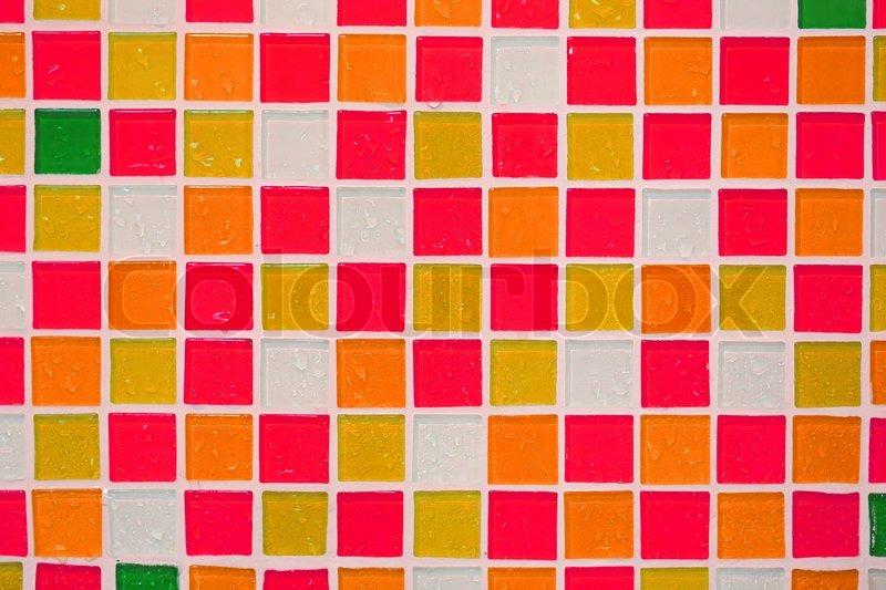 Bunte Fliesen Wand Im Badezimmer Stockfoto Colourbox
