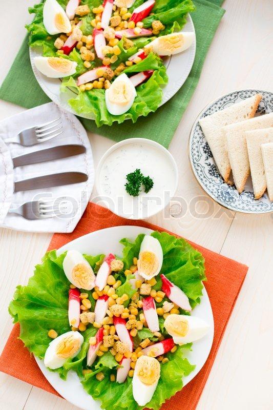 salat mit eiern krabben sticks und mais stockfoto colourbox. Black Bedroom Furniture Sets. Home Design Ideas