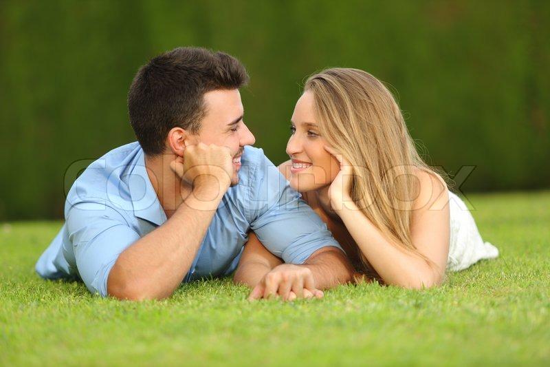 Nye dating par hengiven