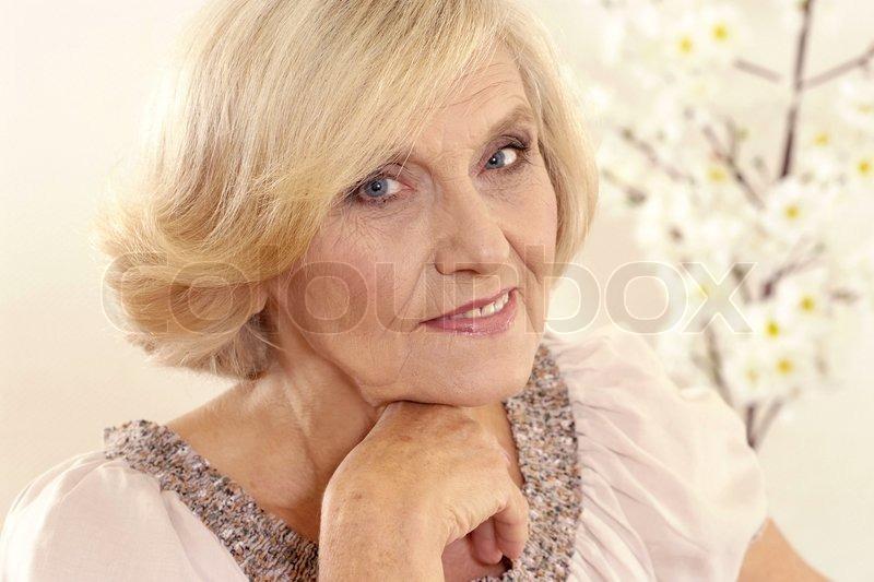 moden kvinde & ung fyr dating for ældre