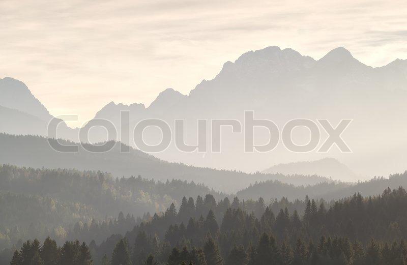 misty sonnenschein in den bergen stockfoto colourbox. Black Bedroom Furniture Sets. Home Design Ideas