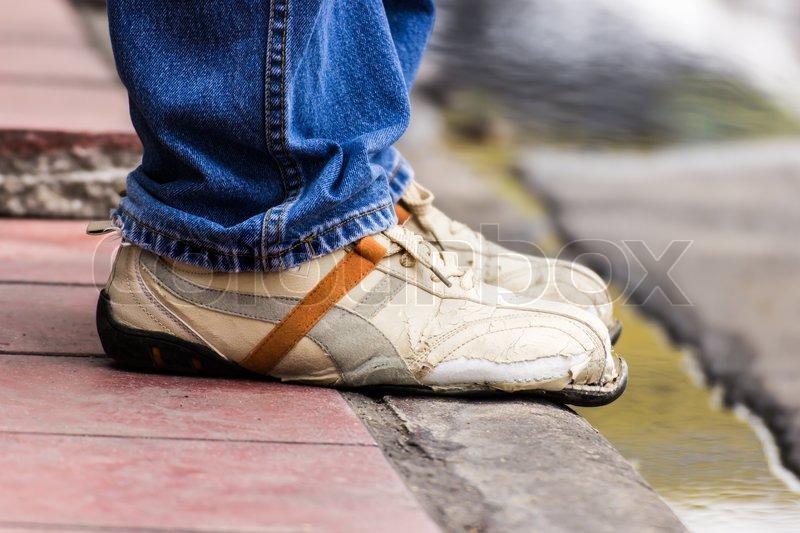 Ripped up shoes | Jordan La Roche | Flickr
