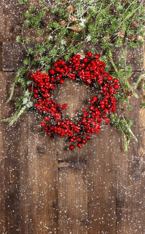 Christmas tree branches and wreath from red berries   Stock Photo ...
