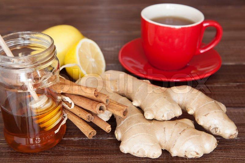 Имбирь корица и мед чай