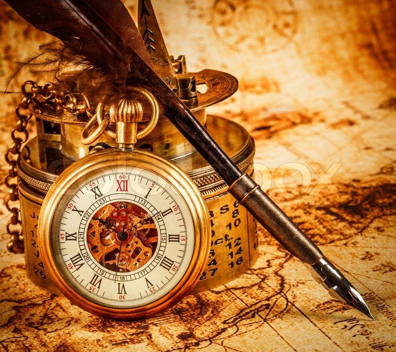 Карманные часы и скатерть  № 2171673 загрузить