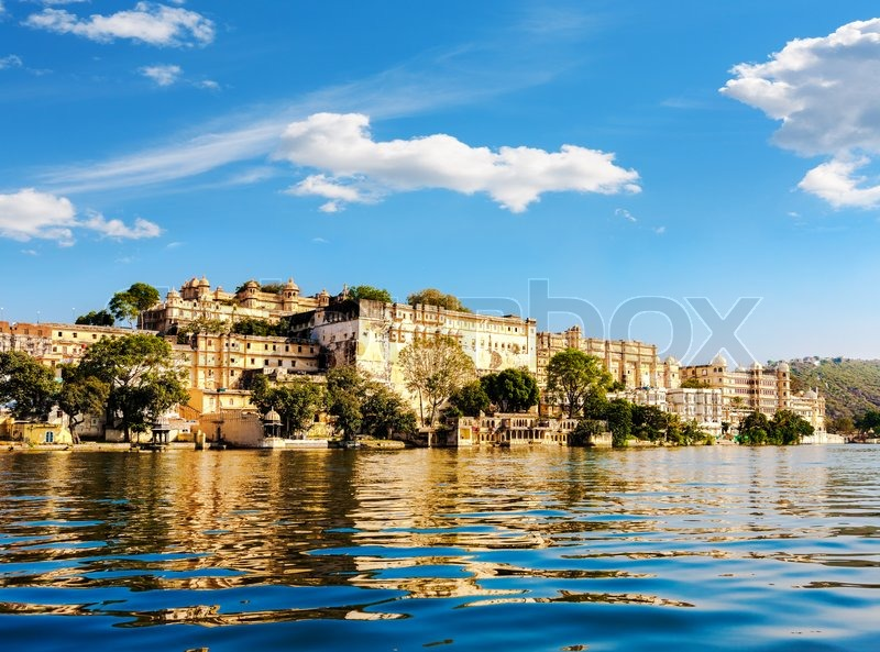 Lake Pichola And City Palace In Udaipur Udaipur Known As