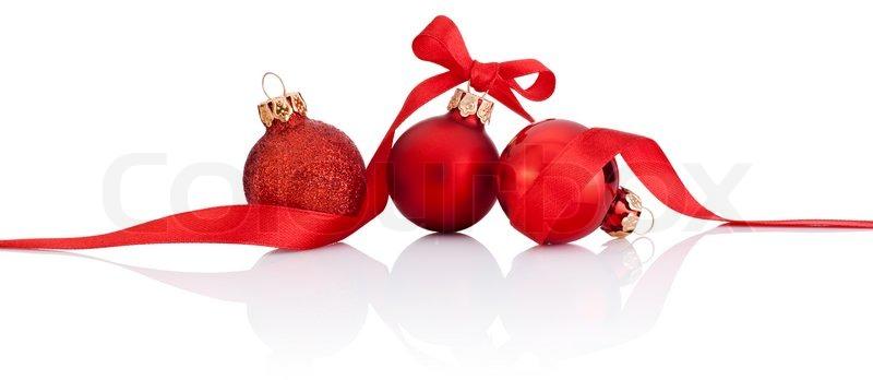 drei rote weihnachtskugel mit band beugen isolierten auf. Black Bedroom Furniture Sets. Home Design Ideas
