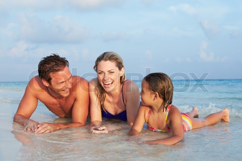 family nudist foto