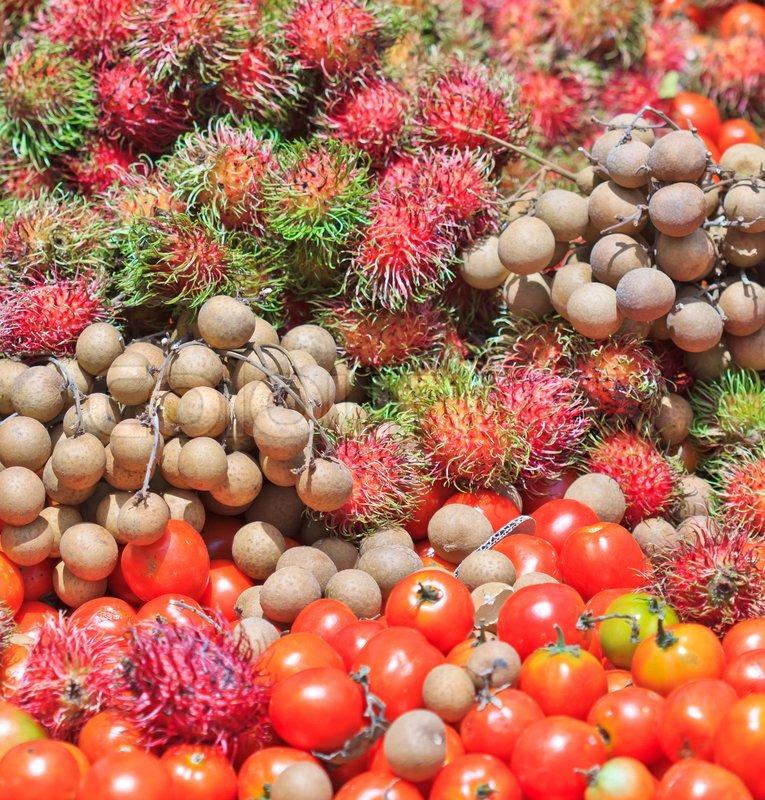 longan fruit tomato fruit