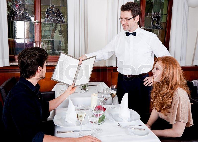 Работа официанта в казино морально закон казино